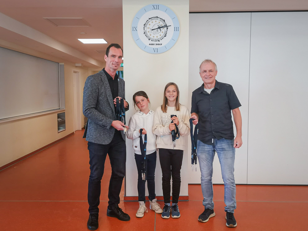 SaaleWirtschaft e.V. und VST GmbH Saalfeld setzen Zeichen für digitale Schulen